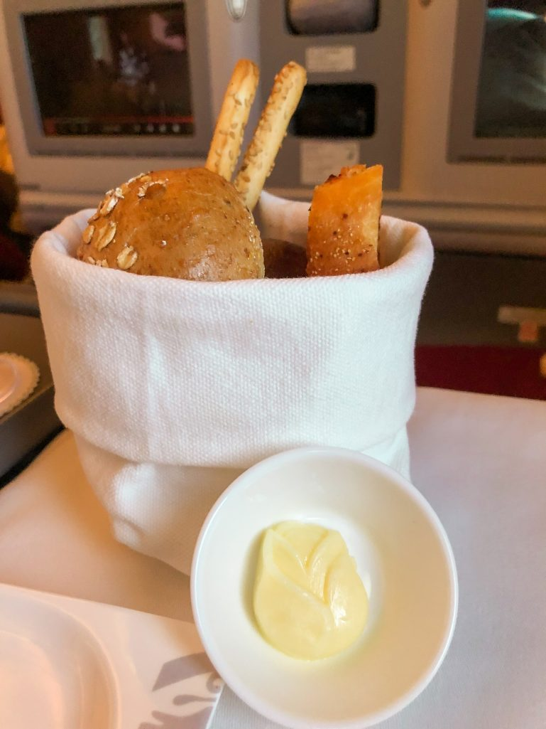Rose shaped butter and bread basket on Hainan Airlines business class flight