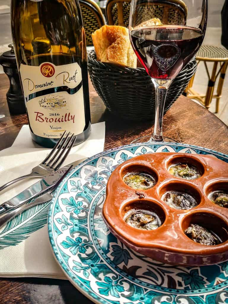 A weekend in Paris - wine and escargots