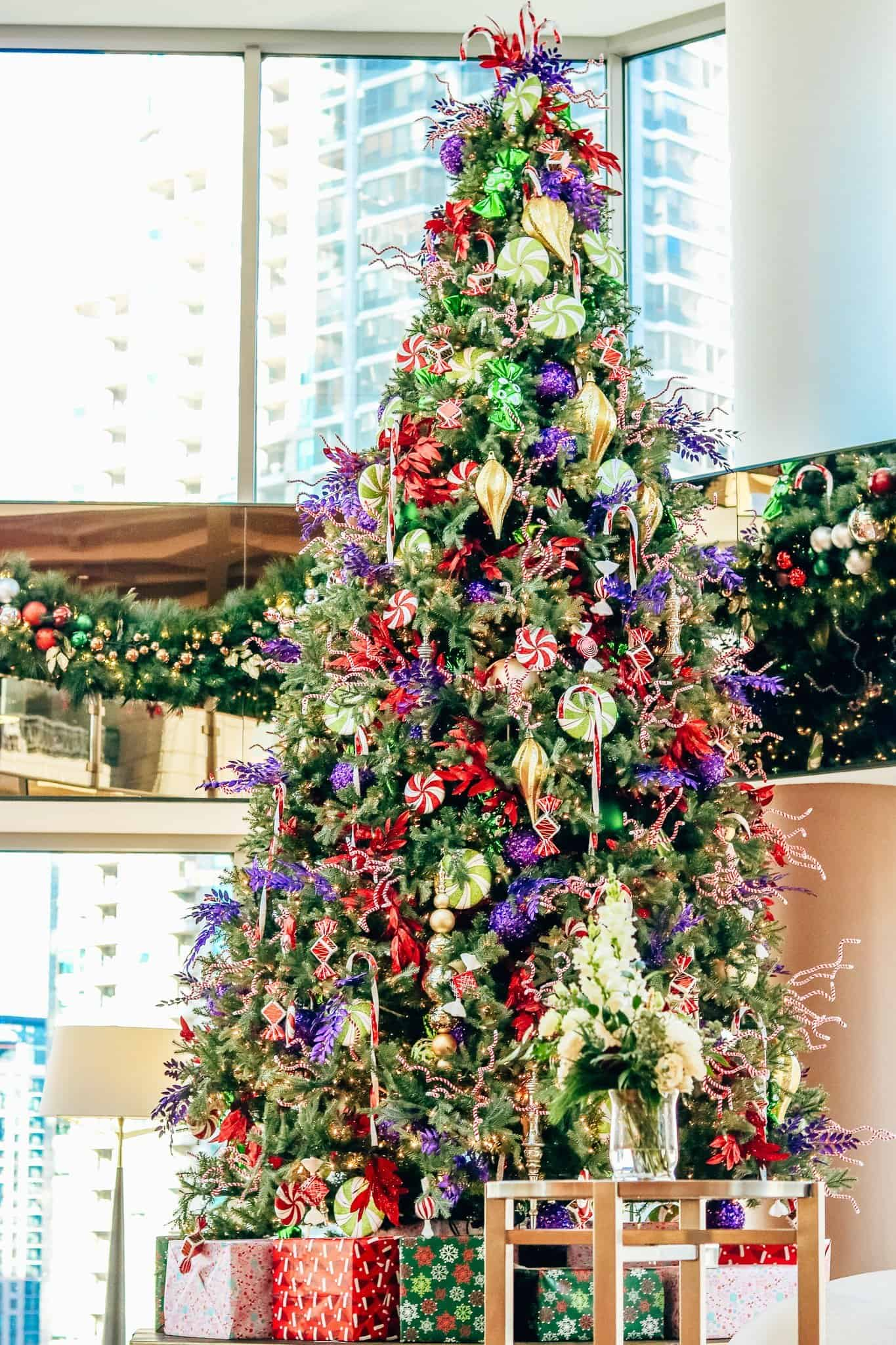 Conrad Chicago Hotel - Favourite Christmas Activities in Chicago with Chicwish