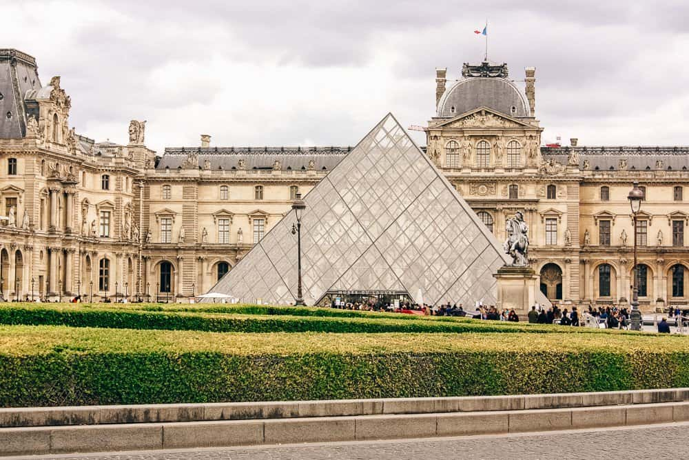 5 Romantic Getaway Destinations for Valentine's Day - Paris